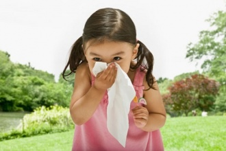 Các chứng dị ứng ở trẻ em thường gặp vào mùa này
